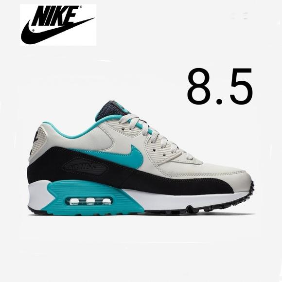 Nike Air Max 90 Womens 8.5 NWT